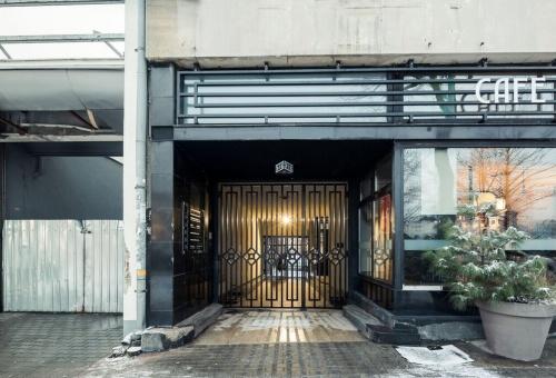 Gate Abrahama 37